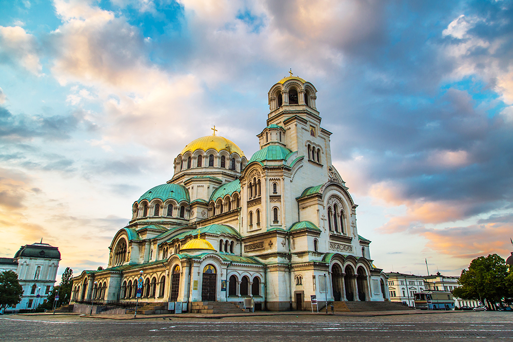 BP1-EN-SOFZH-Alexander-Nevsky-Cathedral-in-Sofia-Bulgaria-beautiful-architecture (1).jpg